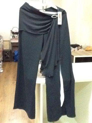 женские-брюки-новые в Азербайджан: Черные вечерние женские брюки привозные с франции новые размер 42 на