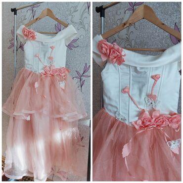 Платье на девочку 7-8 лет. размер регулируется. 800сом