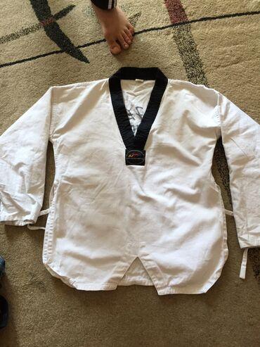 karate uecuen kimono - Azərbaycan: Kimono 12-14 yaş.Pakistanındı