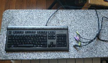 alfa-romeo-159-1-75-tbi - Azərbaycan: Geniş funksionala malik klaviatura satılır. 1 USB çıxışı, 1 mikrofon