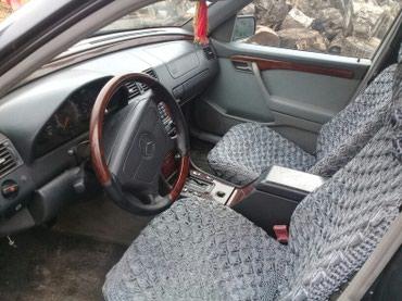 Qəbələ şəhərində Mercedes-Benz 220 1994