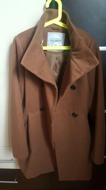 Paltolar - Azərbaycan: Pull&Bear alınıb.bir iki defe geyinilib yeni kimidi.36 S razmer
