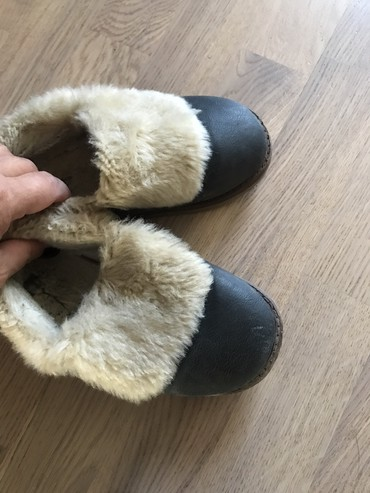 стильные женские сабо в Кыргызстан: Кожанные теплые ботиночки с мехом! Очень удобные и стильные! Размер