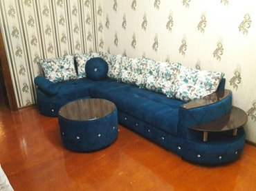 Bakı şəhərində tunt goy renginde olan bu divanimiz zovqunuze uygun ola biler.rurnalni