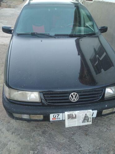 Volkswagen Passat 1.8 л. 1996