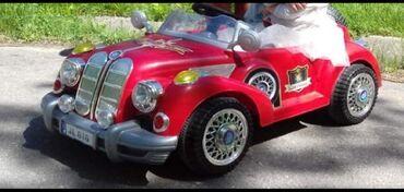 Электрокар детский, машина с крутым ретро дизайном. у этой машинки