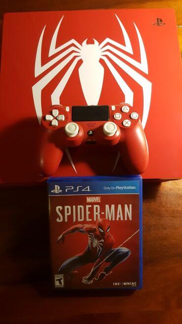 Продам PlayStation 4 Pro Limited Edition плюс один диск Spider man