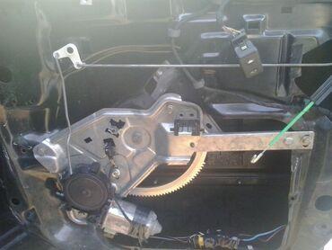 Bmw e34. Задние стеклоподъемники электро