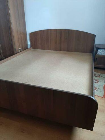 Продаётся 2-х спальная кровать, стандарт, в хорошем состоянии.Размер