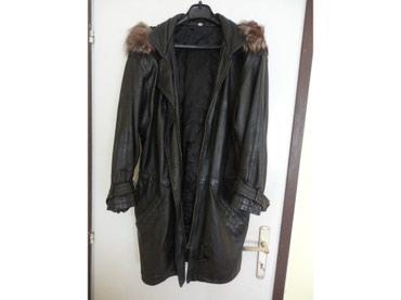Ženska jakna sa kapuljačom. 100% koža, u crnoj boji. U odličnom - Zajecar