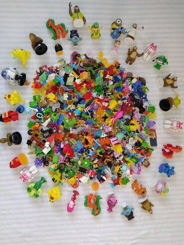 Гора игрушек из Киндер сюрпризов и других вкусняшек:) Разные