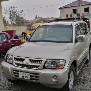 36 elan   NƏQLIYYAT: Mitsubishi Pajero 3 l. 2003   215000 km