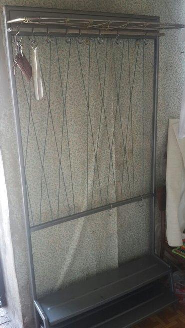 Продаю вешалку с обувной полкой в Бишкек