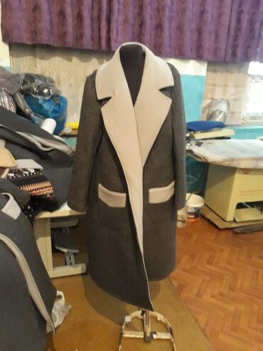 razrez-na-pododejalnike в Кыргызстан: Женские пальто