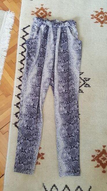 Maskirne pantalone - Vrnjacka Banja: Kvalitetne pantalone marke Terenova VEL 36