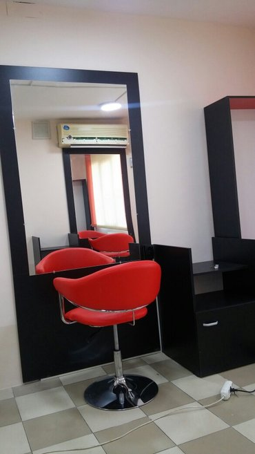 Срочно требуется парикмахер женс и мужск в салон возле Ортосайского ры в Бишкек