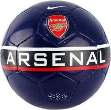Мячи - Бишкек: Мячи футбольные nike оригиналnike Menor (5) цена 2750сом nike Arsenal