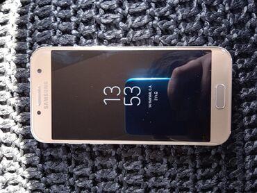 J5 2017 ekranin qiymeti - Azərbaycan: İşlənmiş Samsung Galaxy A3 2017 16 GB qızılı