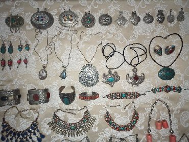 серебряный комплект с красными камнями в Кыргызстан: Старинное серебро из Сирии,Индии,Ирана, Афганистана, кораллы, камни