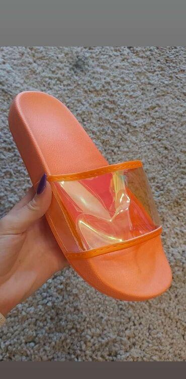 Prave letnje, moderne papuce :) Brojevi od 36 do 41 Cena 1100din