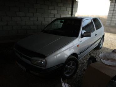 Volkswagen Golf 1993 в Кызыл-Кия