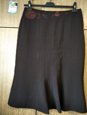 Tamno Braon postavljena suknja vel.40