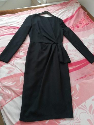 Crna haljina P&S broj 34. Jednom je obucena. Cena 2.500 din. - Crvenka