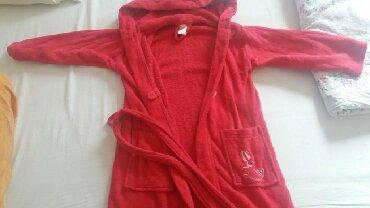 Ostala dečija odeća | Sombor: Bade mantil 110/116 cena 500din