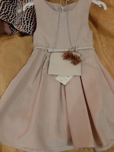 Платье+ пиджак 2ка детское. Размер на 7лет Турция. Новое. Нет