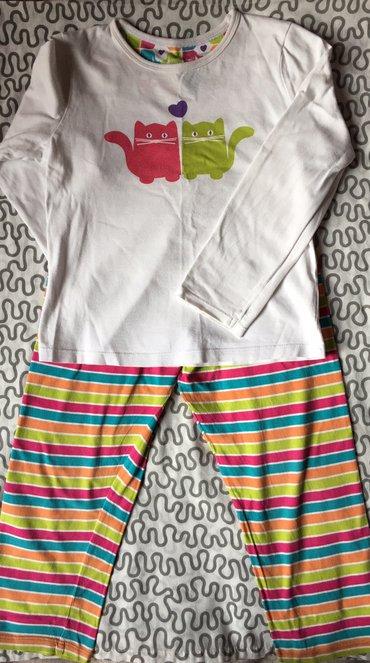 Пижамы на девочку 5/6 лет в хорошем состоянии.  в Бишкек