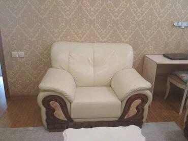 staryj divan sovetskij в Кыргызстан: Продаю диван 3ку (под кожу), без стола. Находиться в районе
