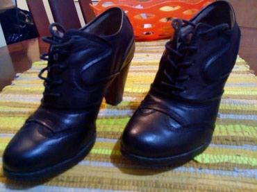 Kozne cipele.crne.vel 37.obuvene par puta.udobne - Kraljevo - slika 4