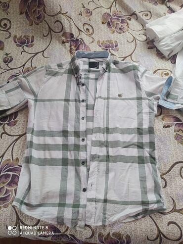 Муж. Рубашки купили за 2500 отдам за 400.одевали один раз