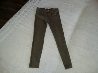 Zara pantalone, predivne boje, nesto između braon i maslinasto zelene