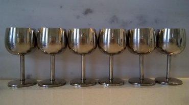 Ποτήρια κρασιού ανοξείδωταύψος: 13,5 εκατ. διάμετρος: 6,5 εκατ. τα