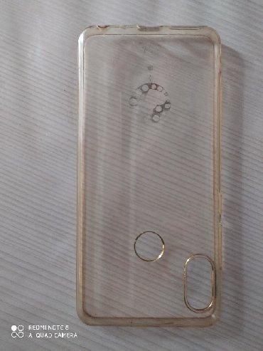 Чехлы в Сумгайыт: Xiaomi Redmi Note 5 üçün kabro.4 manata satılır.7 manata alınıb.2 ay