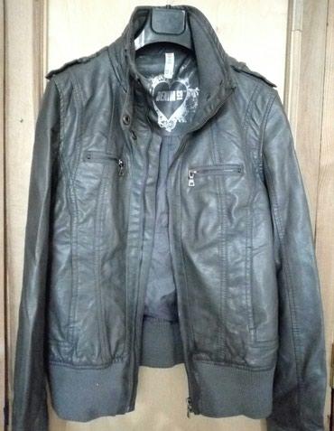 Женская куртка кожа заменитель серая размер 38 в Бишкек