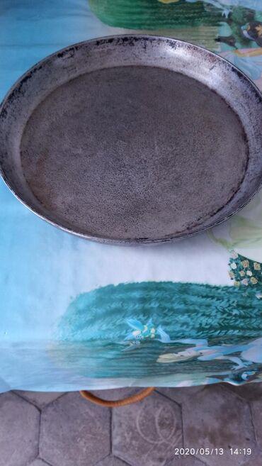 Сковорода диаметр 32см, h- 4,5см