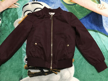 HM jakna za prelaz,vel.8-9 god.više za 7-8Bordo,bez oštećenja. dužina