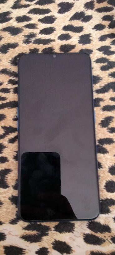 "Mobilni telefoni - Sivac: Prodajem Oppo A9 20206'5"" ekran 4 kamere 48Mpx +8Mpx +2mpx +2mpxSelfi"