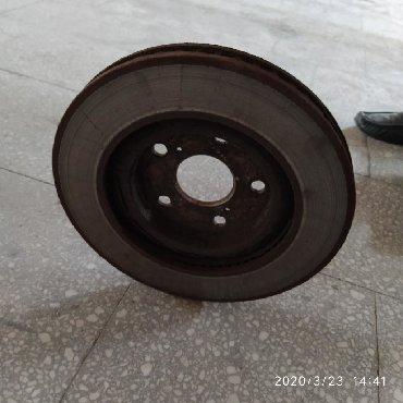 toyota dyna в Кыргызстан: Продаю тормозные диски передние Тойота Камри 40 Состояние отличное