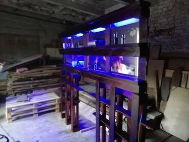 барная стойка в Кыргызстан: Барная стойка и полки из поддонов, всё вышкурено и грамотно покрашено