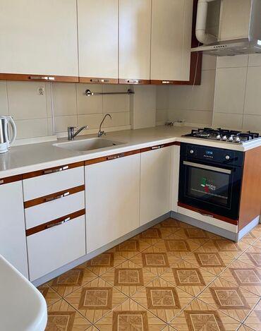 Продам - Бишкек: Продается квартира: 3 комнаты, 103 кв. м