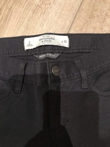 Sako i pantalone - Srbija: Abercrombie & fitch pantalone sa elastinom ! Pune elastina i