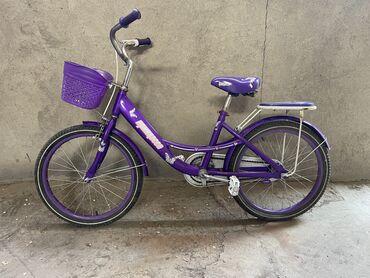 Спорт и хобби - Беловодское: Детский велосипед на 8-12 лет. В хорошем состоянии