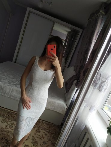 кружевное платье большого размера в Кыргызстан: Кружевное платье на выход и на каждый день, размер S. Цена 500 сом