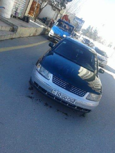 Green card 2018 - Азербайджан: Volkswagen Passat 1.8 л. 1997   300000 км