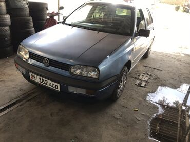 volkswagen-golf-бу в Кыргызстан: Volkswagen Golf V 1.6 л. 1993 | 55555 км