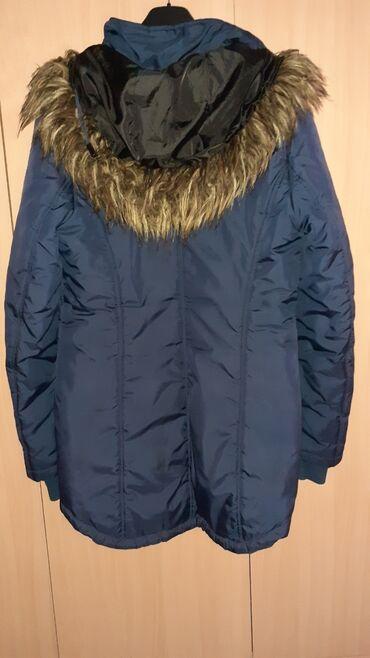 Zimska jakna Only. Nosena ali super ocuvana. Kupljena u Nemackoj