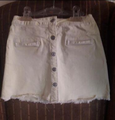 ZARA 7-8(128)Texas pastelna zuta suknjaSamo gornje dugme se